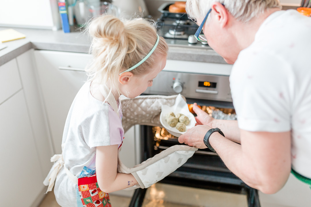 Kent_family_photographer_kate_hennessy-hencoop-cooking-11